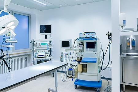 Einer der Operationsräume der Tierarztpraxis Besserer
